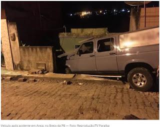 Motorista invade calçada com carro e deixa dois mortos e três feridos, no Brejo da PB
