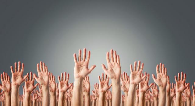jari-jari beberapa manusia