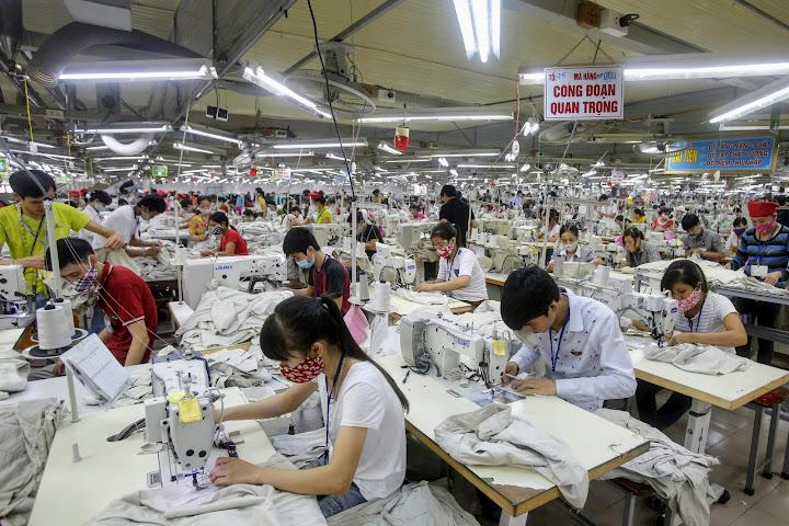 Производители закрывают заводы вТаиланде иперемещают производства воВьетнам