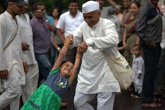 Best Entries - Maharashtra Kaleidoscope Photography Contest 2015 - People & Culture Category