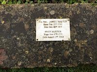 Grabplatte Rev. James Austen