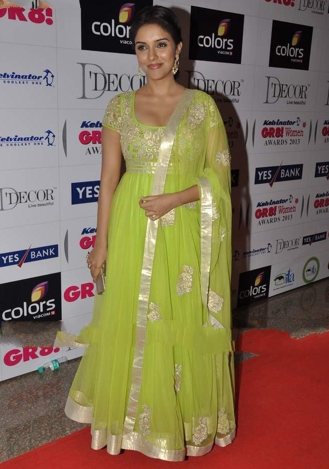 Asin looking gorgeous at great women awards