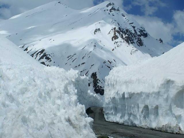 Rohtang Pass Snowfall