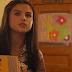 Selena Gomez vive quatro personagens em novo clipe de 'Bad Liar'