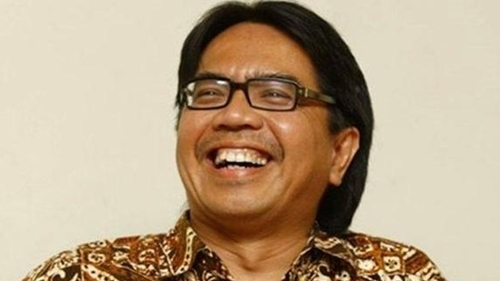 Ade Armando Sindir Muslim Pribumi Soal Donasi Akidi Tio, Geisz Chalifah: Bajingan Berselimut Dosen