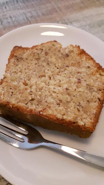 fluffiger Marzipan-Nuss-Kuchen