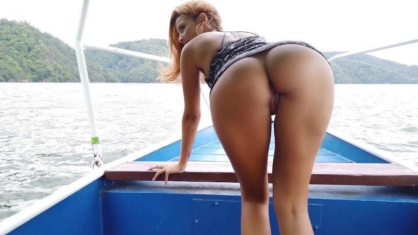[Watch4Beauty] Agatha Vega - Fun on The Boat