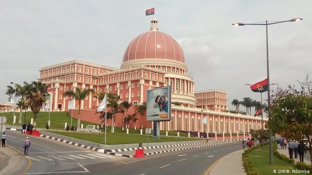 Angola | Aprovados cortes no Orçamento