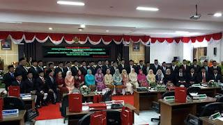 45 Anggota DPRD baru Seminggu Dilantik, Enam Fraksi DPRD Situbondo Sudah Terbentuk.