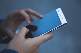 Pindah Aplikasi Tanpa Keluar atau Ke Menu Utama Home Screen.