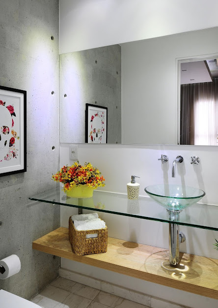 Glass bathroom cabinet with wooden niche