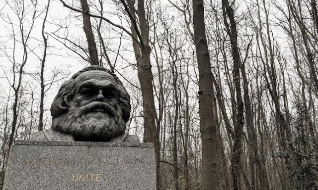 Estátua de Karl Marx