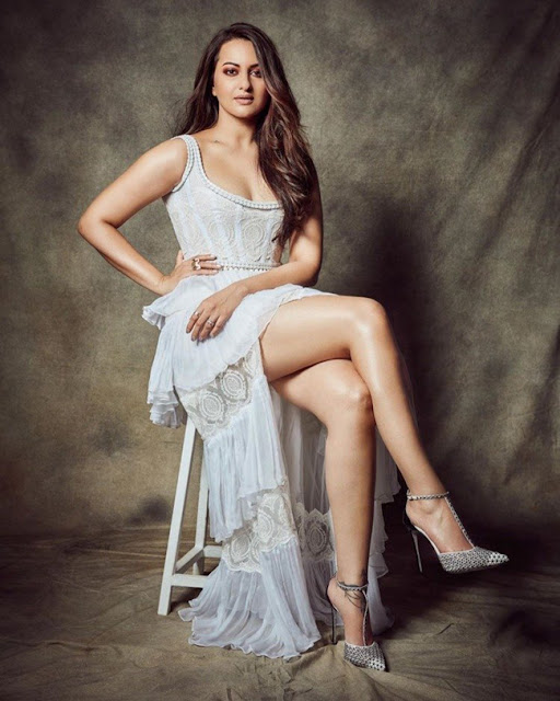 Sonakshi Sinha Latest Instagram Pics Actress Trend