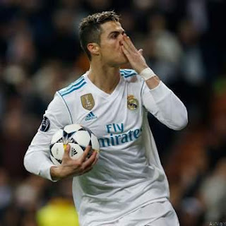 Ronaldo Breaks Record as Real Madrid Trashes PSG