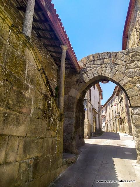 ruta por el casco antiguo de Guarda Portugal