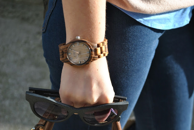 orologio in legno jord jord wooden watch  occhiali da sole neri italia independent italia independent sunglasses mariafelicia magno fashion blogger color block by felym fashion blog italiani fashion blogger italiane