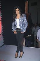 Poonam Kaur looks super cute in Denim at Nakshatram music launch 020.JPG