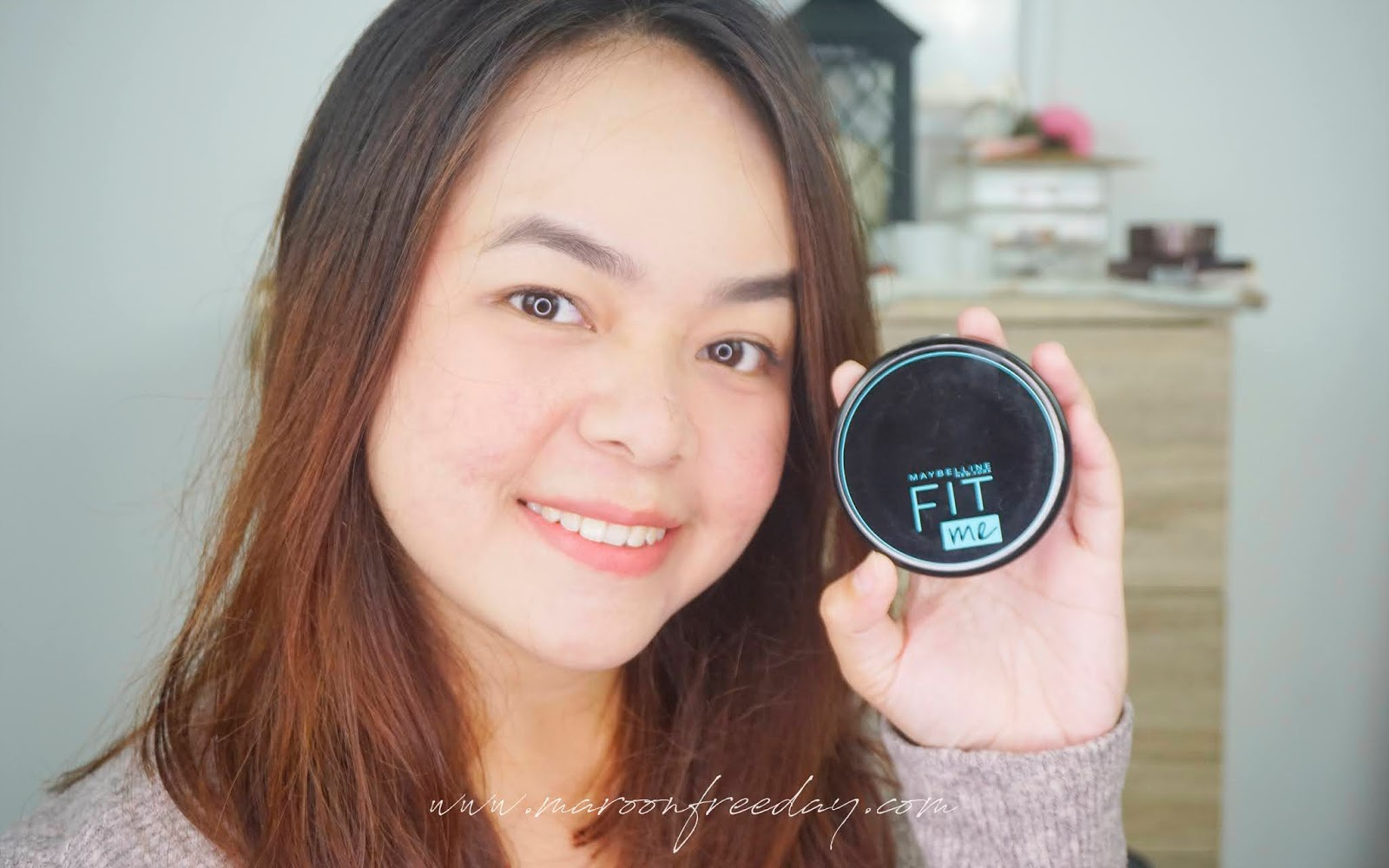 Review Maybelline Fit Me 12h Oil Control Powder