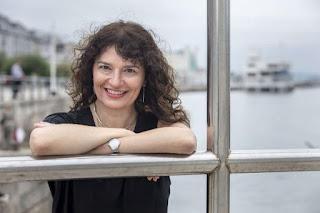 Pilar Ruiz - Autora de El jardín de los espejos