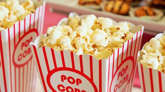 Allergiás rohamot kapott a moziban egy 14 éves, mert popcornt evett – Belahalt