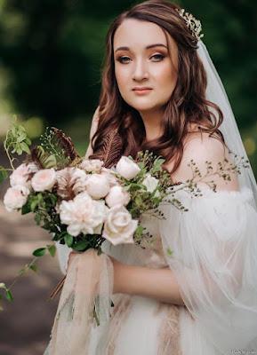 Royal Bridal Pose