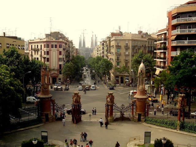 Барселона. Вид от Hospital de la Santa Creu i Sant Pau