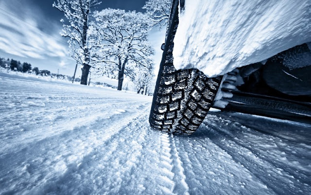 """Πως να οδηγείτε στο χιόνι για να μην σας βγει η βόλτα """"ξινή"""""""