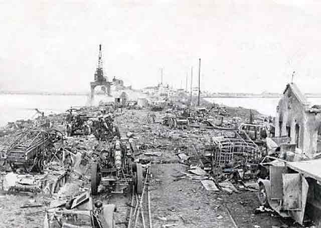 Odessa port facilities, 22 October 1941 worldwartwo.filminspector.com