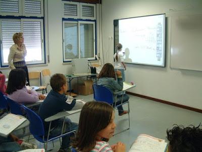 http://www.dn.pt/sociedade/interior/alunos-portugueses-mais-indisciplinados-com-os-professores-mais-velhos-5447048.html