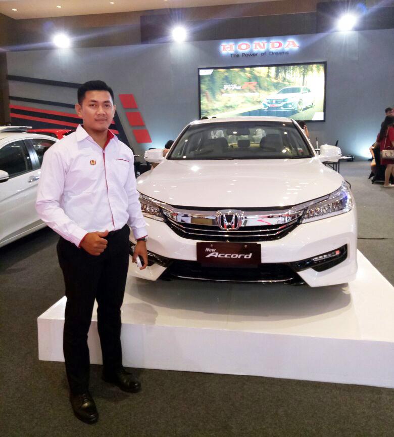 Kiki Surya - Sales Executive Honda IDK 1e - Dealer Mobil Honda Istana Deli Kejayaan IDK 1 Medan Sumatra Utara