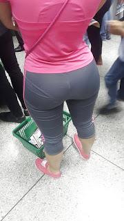 Bella mujer marca calzon calzas
