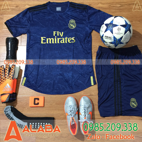ao-clb-real-madrid-2019-mau-xanh-tim-than