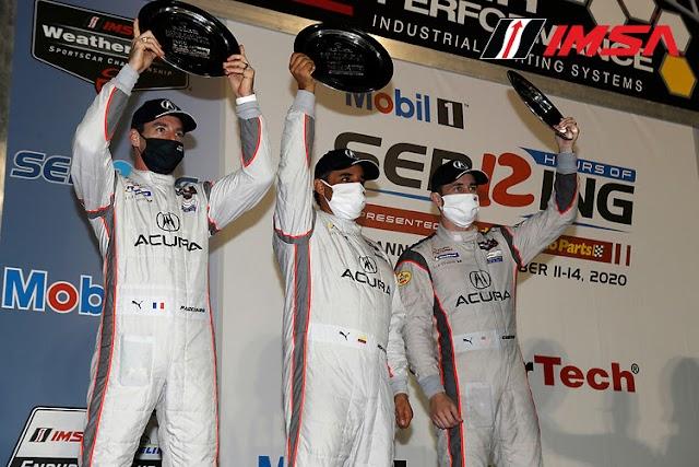 Podio de Juan Pablo Montoya en las 12 Horas de Sebring, 6° lugar para Gabby Chaves, y campeonato para Penske con el DPi #7  de Castroneves-Taylor