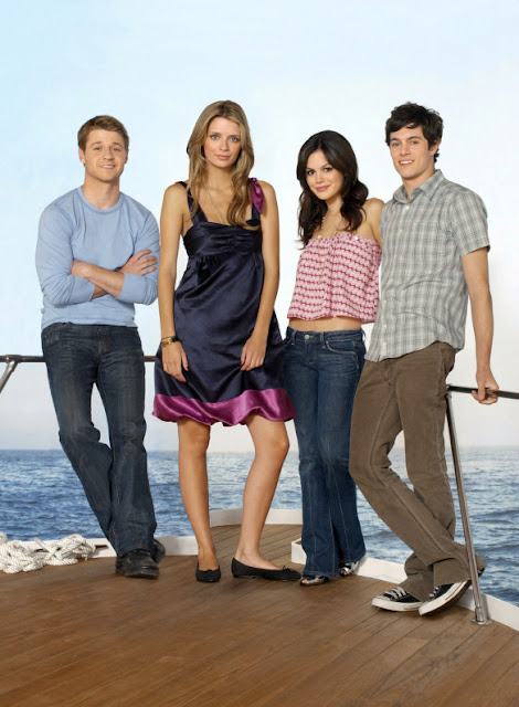 Benjamin Mckenzie, Mischa Barton, Adam Brody, Rachel Bilson, pose for promotional promo photo season 3 the o.c.