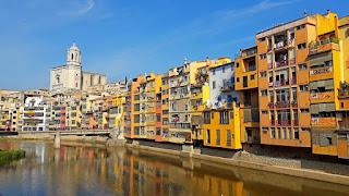Casas del río Onyar, Catalanismo, de Gerona a Girona, series de televisión