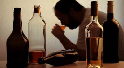 Hentikan kebiasaan mengkonsumsi alkohol dan merikok
