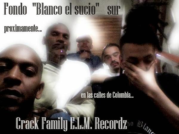 crack family, blanco el sucio , fondo blanco