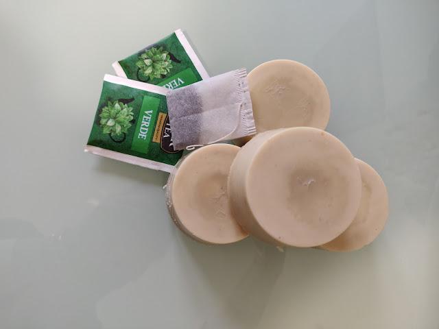 shampoo solido té verde e canapa - www.glialchimisti.com
