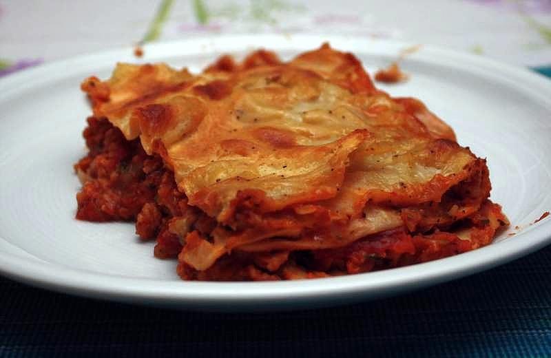 lasagne mit soja gem se f llung kirschbiene kocht. Black Bedroom Furniture Sets. Home Design Ideas