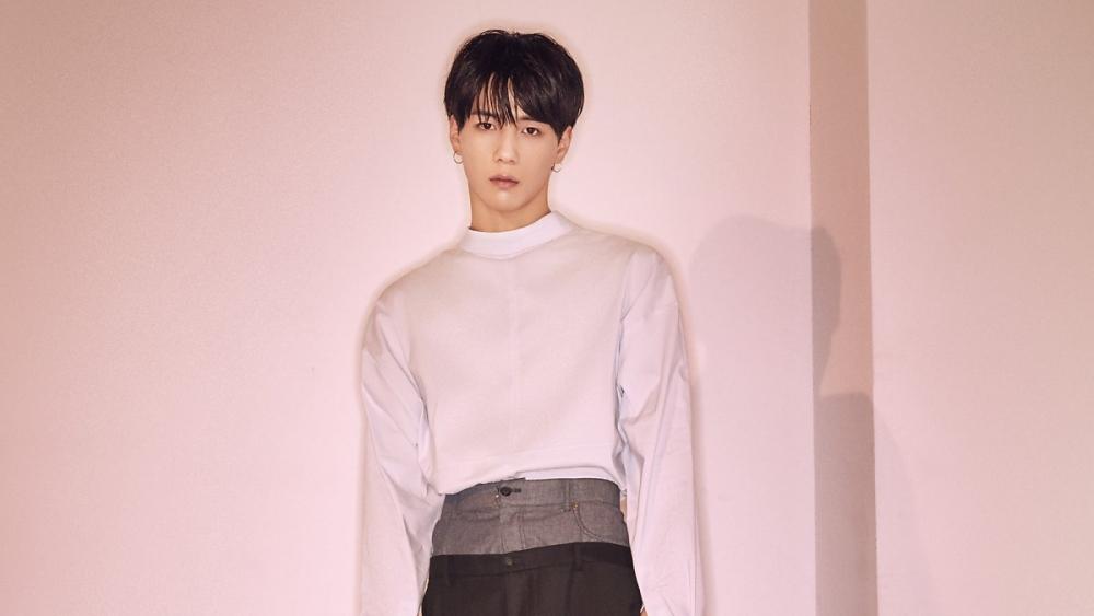 'Produce X101' Baek Jin Uploads Photo of Cut on Arm, Fans Worried