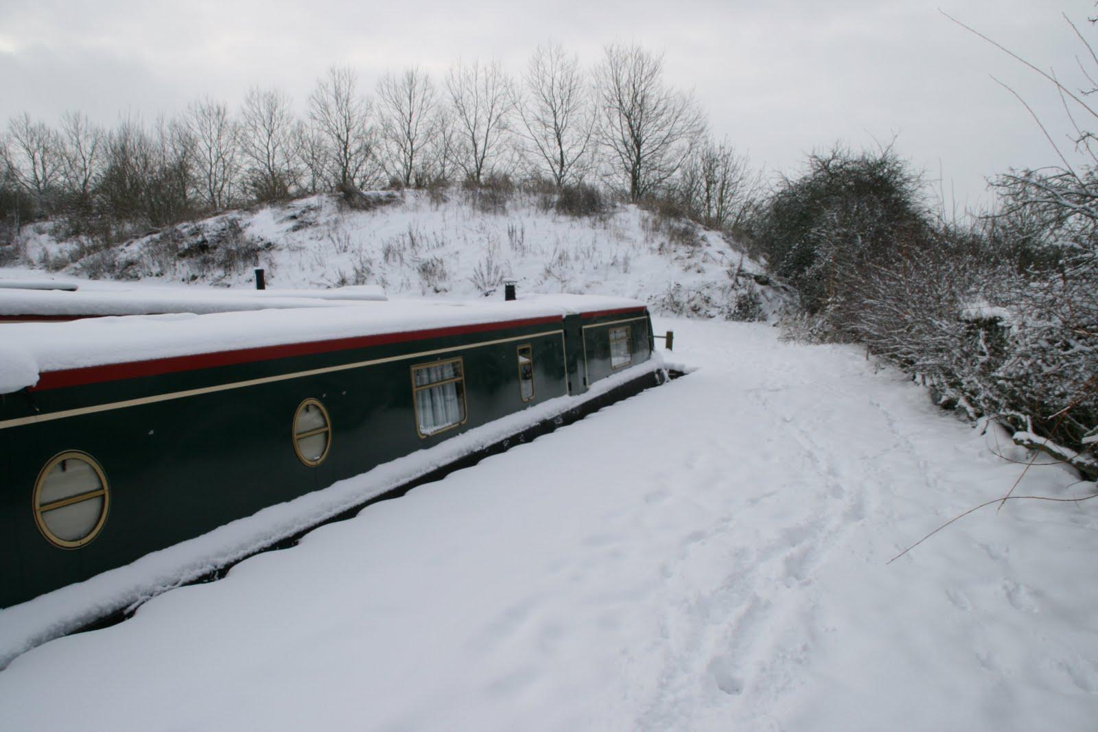 Narrow Boat Albert Kingfisher Marina In The Snow