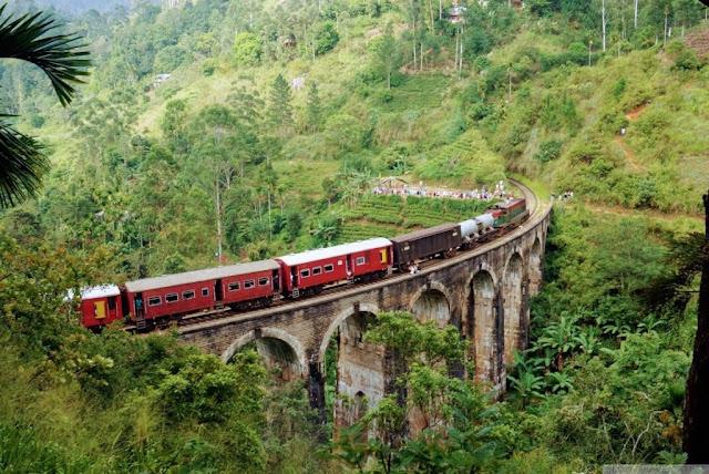 القطار من كاندي الى نوارا اليا