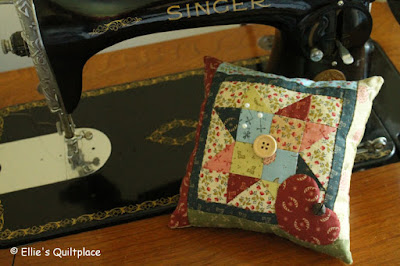 Ellie's Quiltplace Editions de Saxe Free Tutorial Pincushion