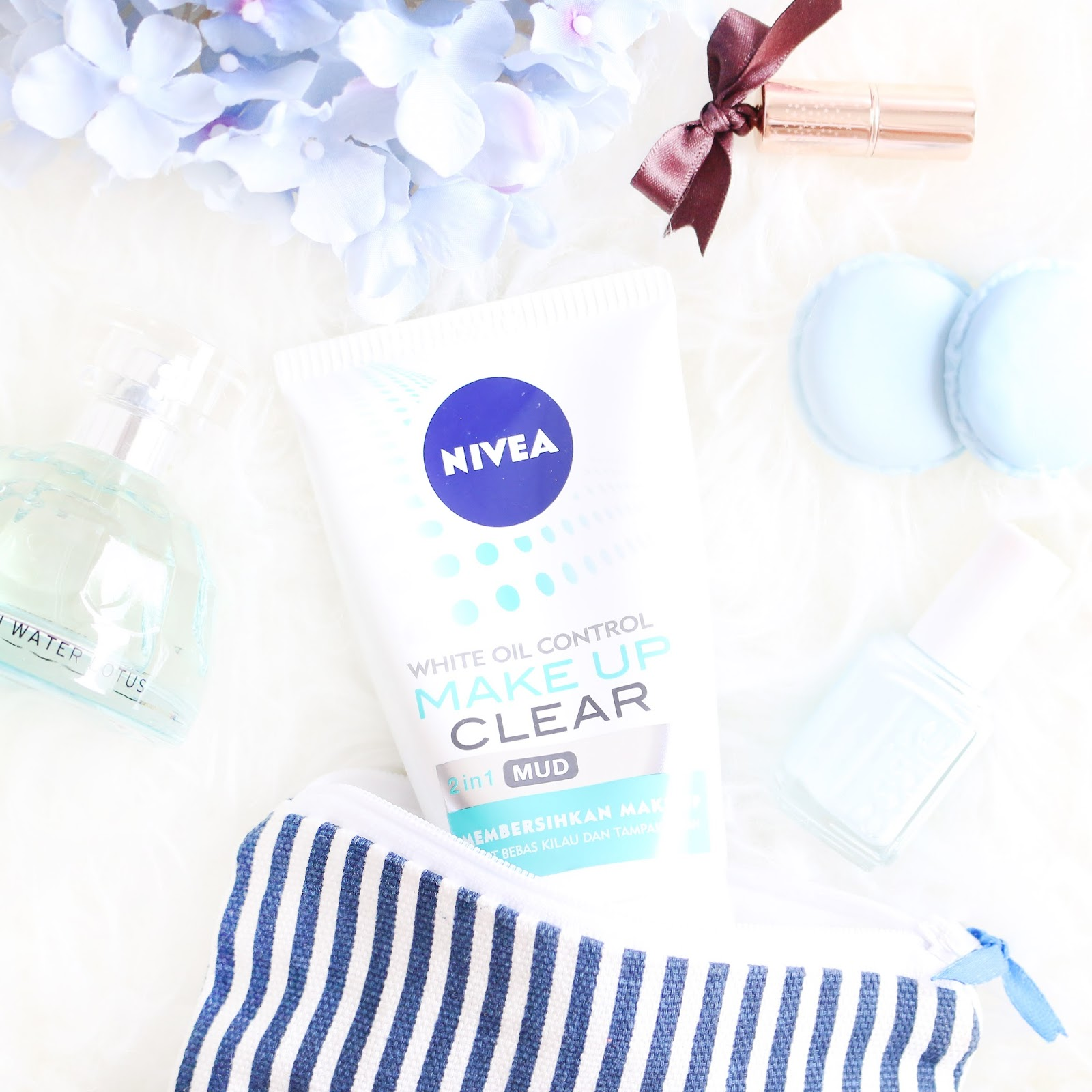 nivea, review nivea, nivea makeup clear, nivea indonesia, review nivea make up clear, nivea make up clear, skincare, drugstore, nivea skincare, oily skin, kulit berminyak