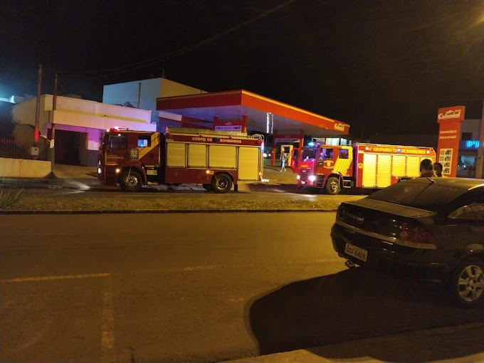 Princípio de incêndio na Avenida Maripá, próximo ao Posto Colonial