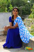Rashmi Goutham sizzling pics-thumbnail-3