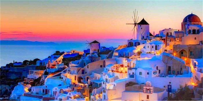 Il posto migliore per vedere il tramonto a Oia (Santorini)