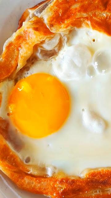 Sarapan pagi  food delivery menu telur mata goyang