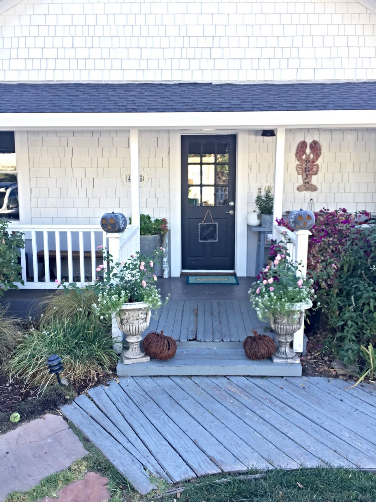 Fantastic D D S Cottage And Design Fall Blog Home Tour At Our Cottage Interior Design Ideas Philsoteloinfo