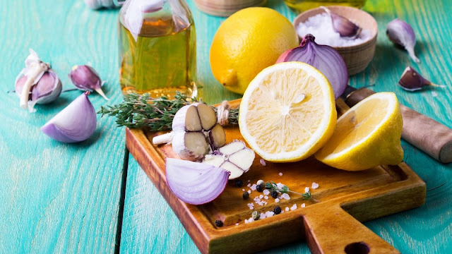 Natural foods for cold and flu relief to support immune health and relieve symptoms naturally.